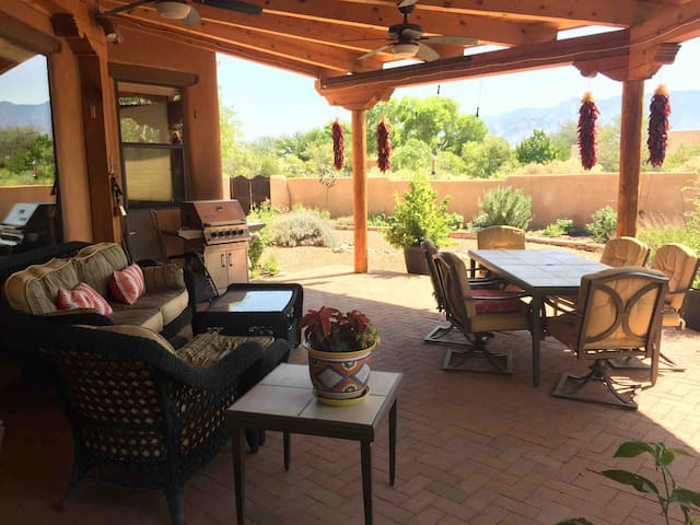 Balloon Fiesta Retreat at a Private Corrales Home