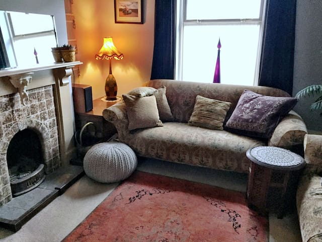 Bohemian Comfort in this Stylish Seaside Cottage - Weymouth - Hus