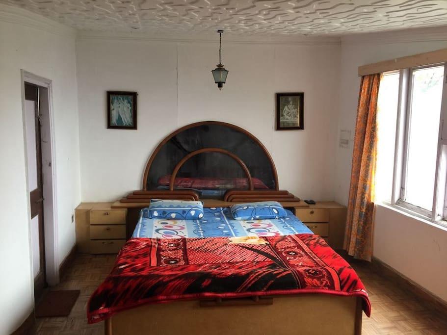 Big Bedroom- 1