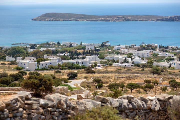 Zeezicht Paros Drios, Greece. Gehele woning.