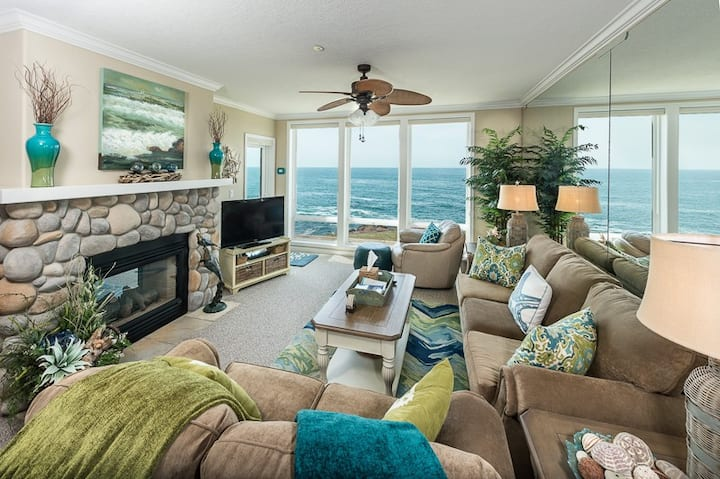 Whale Cove - Oceanfront, Dream Condo &Watch Whales
