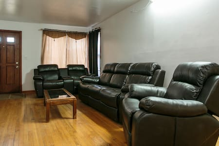 Executive house fully furnished. - 梅尔罗斯公园(Melrose Park)
