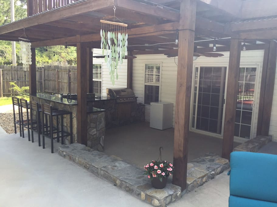 Guests are welcome to enjoy the outdoor space