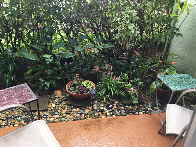 Private Lanai with mini-garden