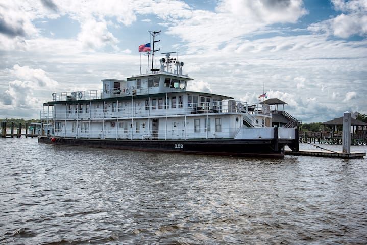 Charming Riverboat with Best View! - Biloxi - Barca