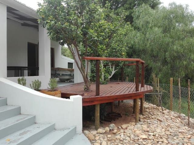 Pet friendly tranquil house in the Klein Karoo