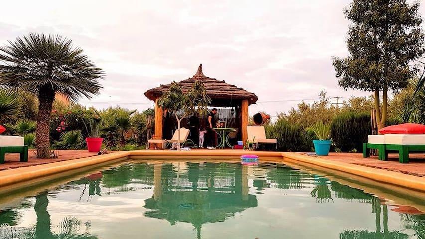 Maison au calme avec piscine - MARRAKECH  - บ้าน