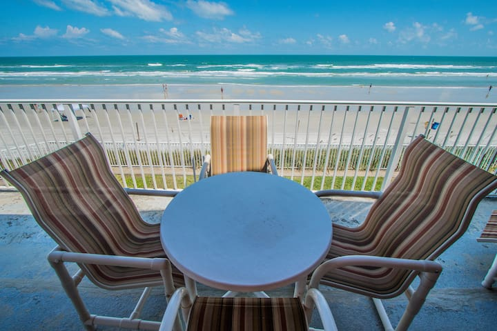 Stunning Oceanfront! 2 Br! Heated Pool! 3 *NSB