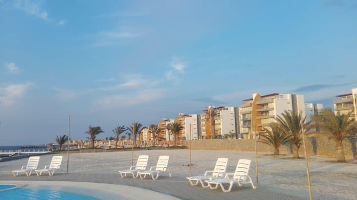 Departamento de playa en condominio nuevo paracas