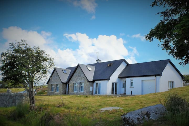 Atlantic bay view Donegal house