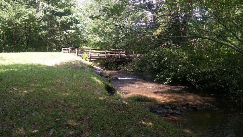Mountain Haven--Yellow Creek Cottage