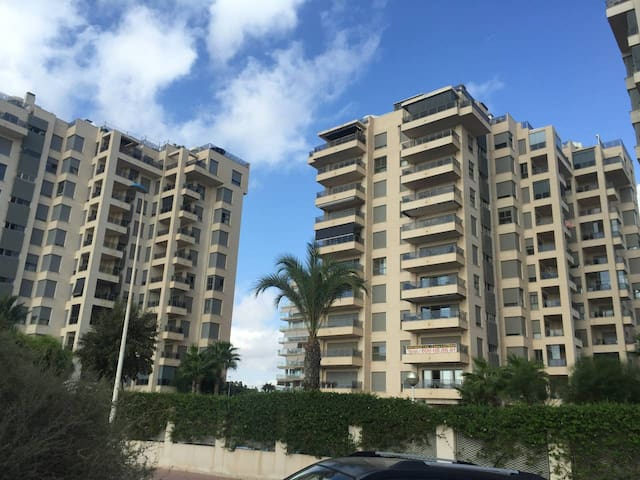 Guardamar Flat by the Port