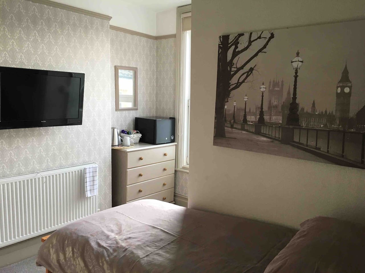This is our newly decorated single room with walk in en-suite nice and cozy