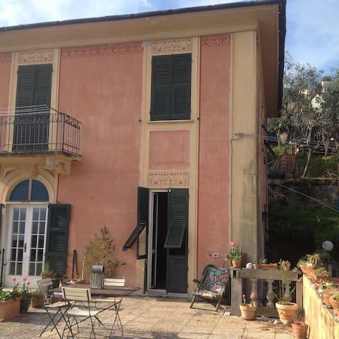 Antica villa con terrazza panoramica
