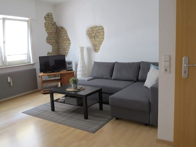 SAP / Walldorf city modern flat - short walk - SAP