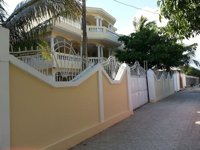 Haiti's Best Guest House for Rent