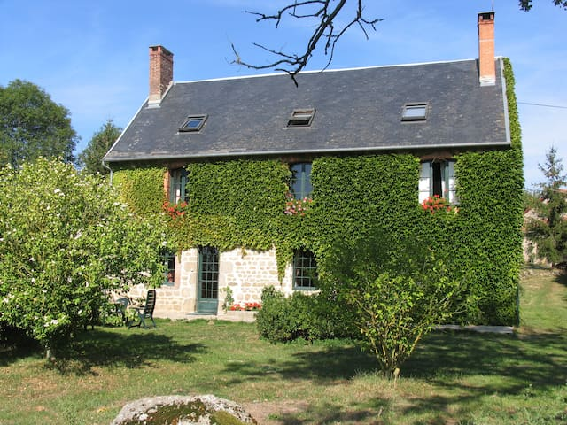 Relaxing holidays at an authentic farmhouse - I
