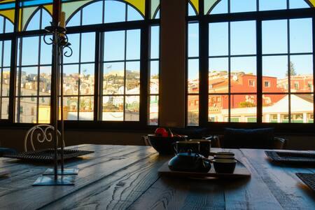 Loft Luminoso in Centro, Chiaia Napoli via Morelli - Napoli