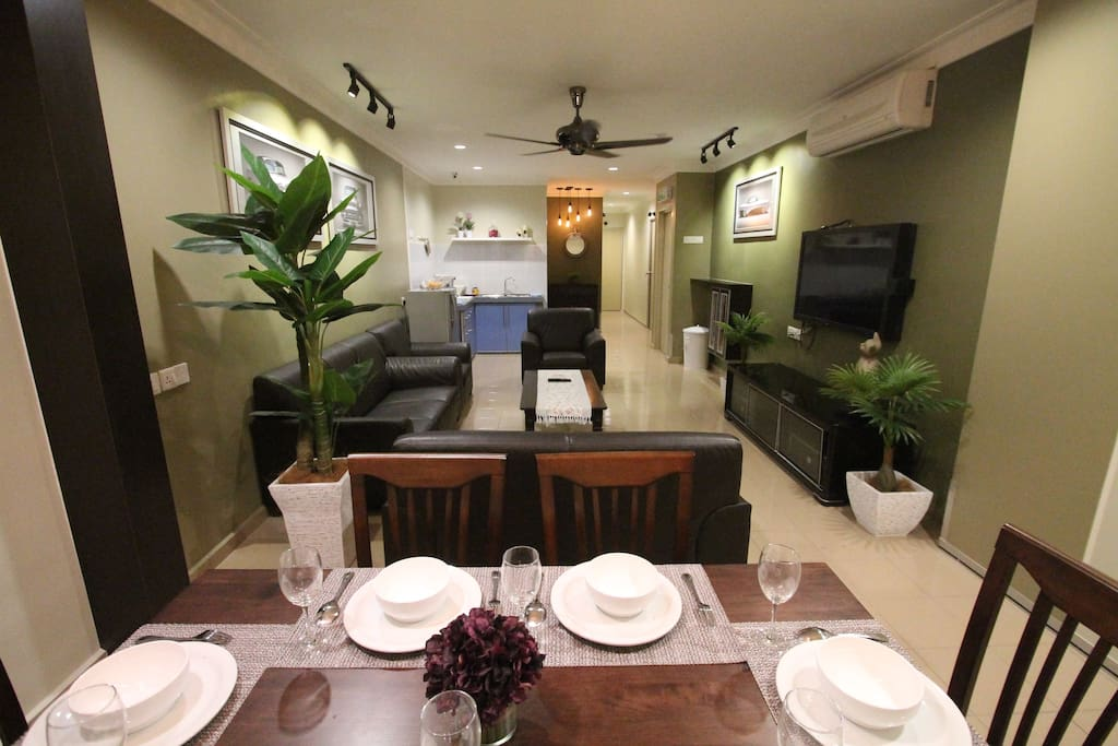 Dining and Living Hall (Photo 2/3)