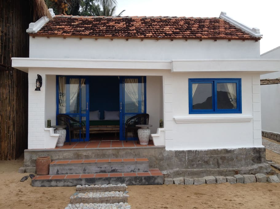 Outside view of your Bungalow