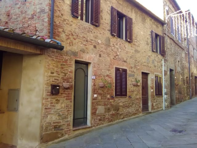 Apartment in the medieval village of Belforte (SI) - Belforte - Radicondoli - Wohnung