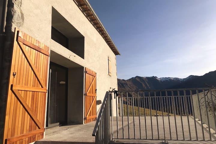 Gîte à la vue exceptionnelle au Col d'Ichère