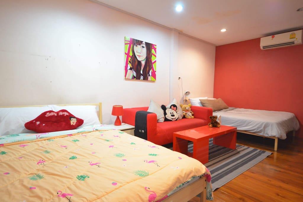 Room XL, Big bedroom with 2 queen-bed on 3rd floor
