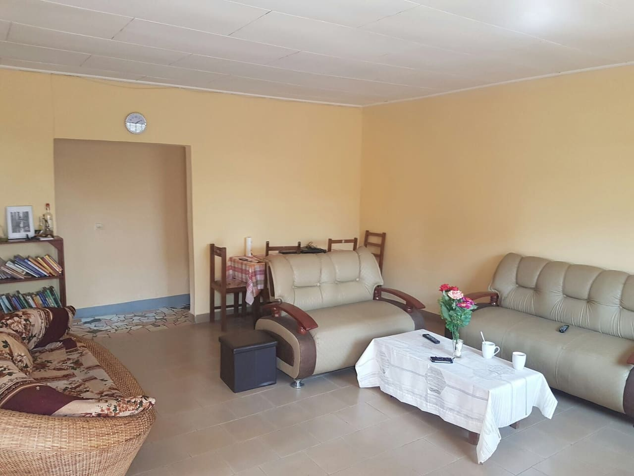 Appartement Meubl Furnished House Ngousso Houses For Rent In  # Meuble Tv Yaounde