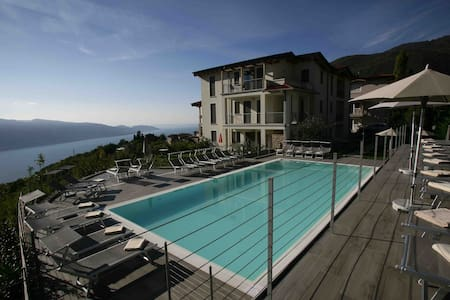 Park Residence La Villa Appartamento GIOELLO - Tignale - Wohnung