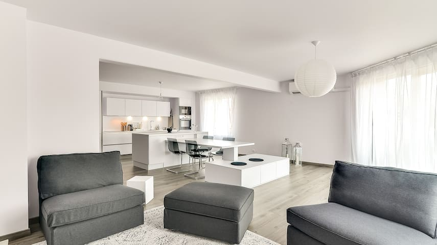 URBAN COMFORT (Historical Center w/Parking & A.C.) - Mulhouse - Apartemen