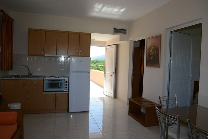 Two Bedroom Apartment for 4 people - Drepano - Apartament