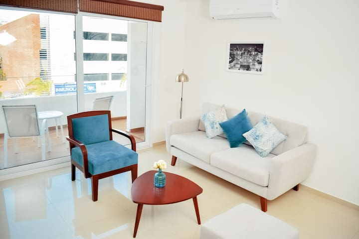 Modern and Stylish flat in Santa Cruz city centre!