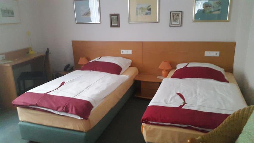 Furnished serviced rooms in Krefeld-Uerdingen