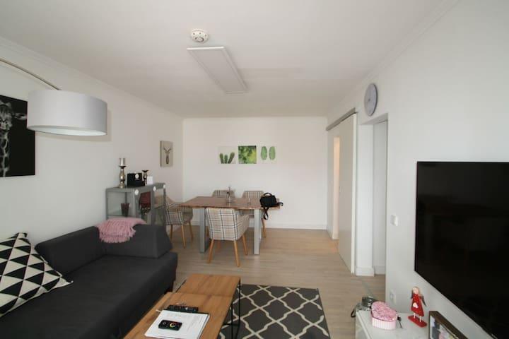 Kernsanierte möblierte Wohnung