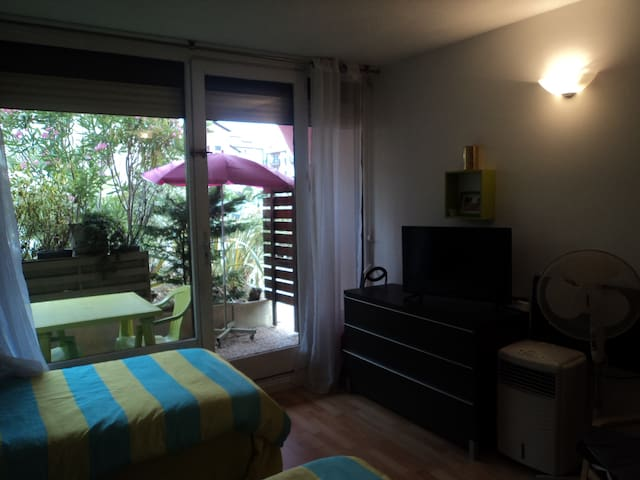 Studio avec terrasse à 500 m du centre ville - Dax - Departamento