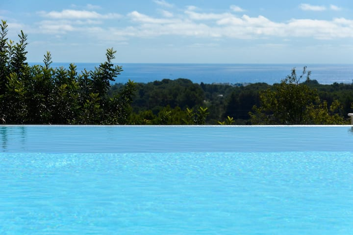 New! Villa Can Prats Deluxe Heated Pool