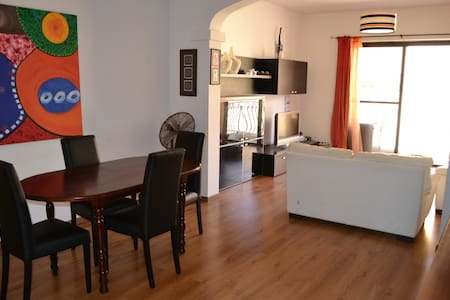 Wonderful Central Apartment - Apartamento