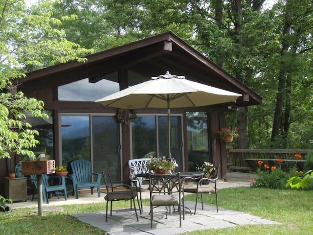 Blue Span Shenandoah Cabin