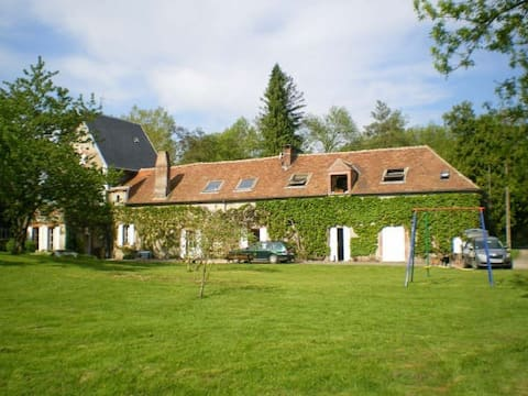 Charming mill house 1 hour from Paris