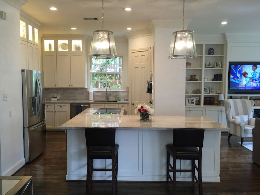 Kitchen - may use all appliances, refrigerator and pantry