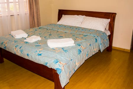 Lovely Private Rm Kingara Nairobi - Nairobi - Apartament