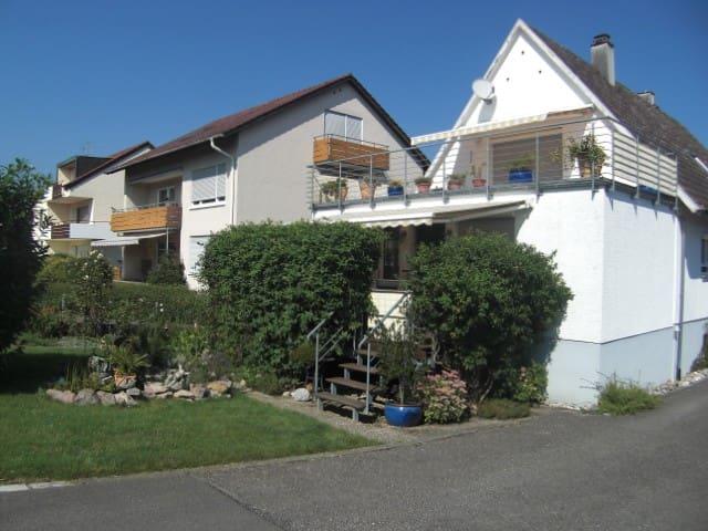 """Schönes Zimmer im  """"Igelbau"""" - Immenstaad am Bodensee - Haus"""