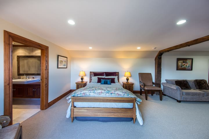 Gibbston Suite - Stoneridge Estate