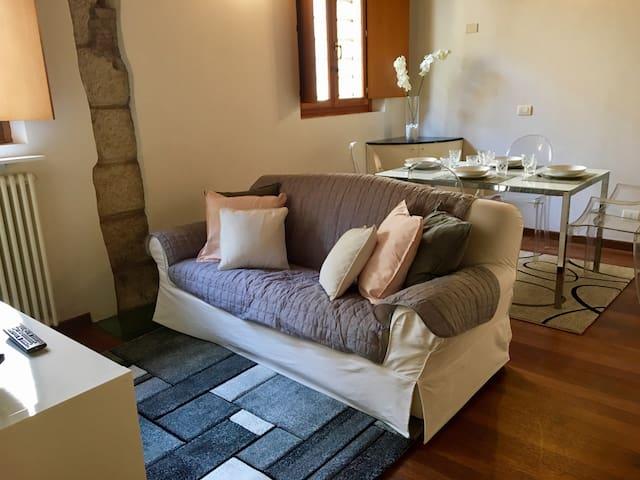 The Castelvecchio flat - Verona - Apartemen