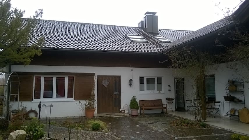 Appartement im fünf Seen Land 25 Km bis München