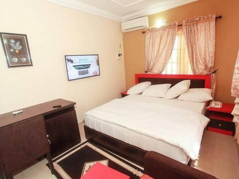 Carleton Hotel & Suites - Classic Room