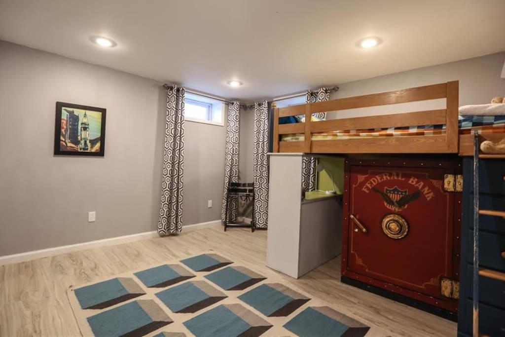 Bunk bedroom with lofted twin bed. Additional full/queen bed can be put in this room