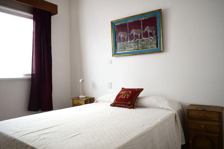 Quinto Elemento hostel habitación doble