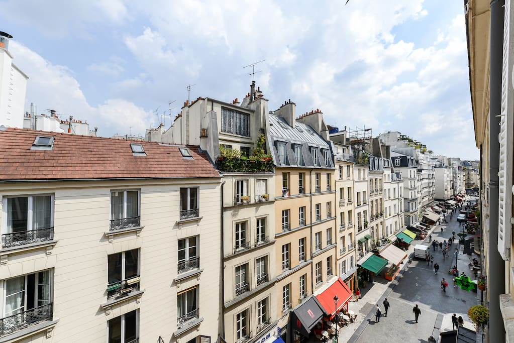 Rue Montorgueil: views from the living-room windows