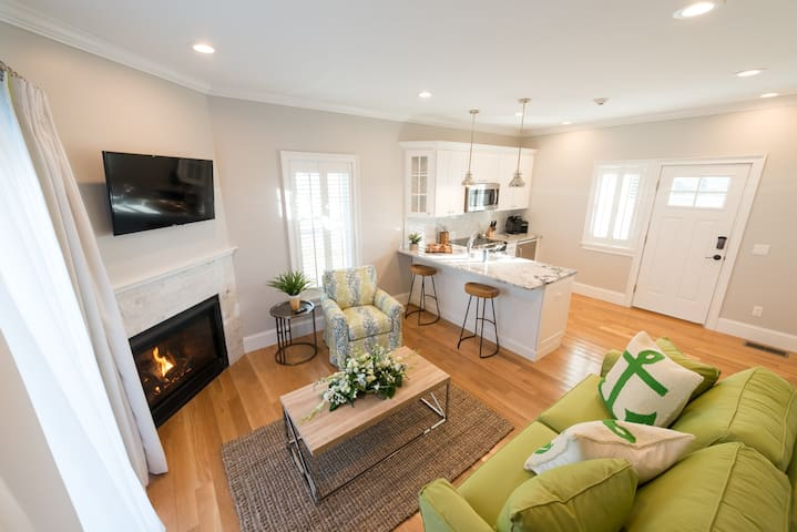 One Bedroom with Fireplace and Deck